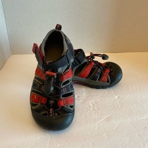 Keen Toddler Sandals Red Black Gray Size: 12